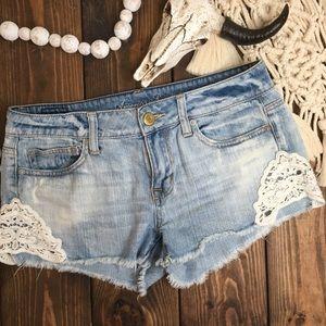 AEO | Crochet Lace Stonewash Denim Shorts